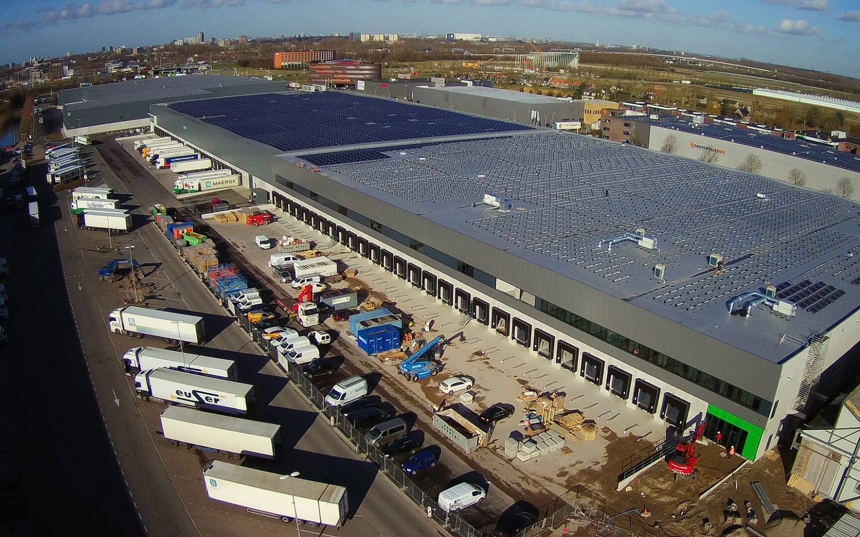 Fase II Retail Distributiecentrum in Barendrecht in gebruik