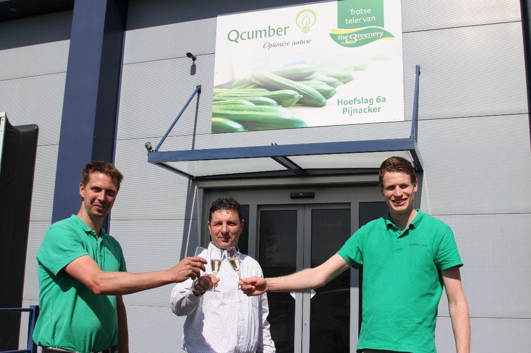 The Greenery overhandigt telersbord aan Qcumber